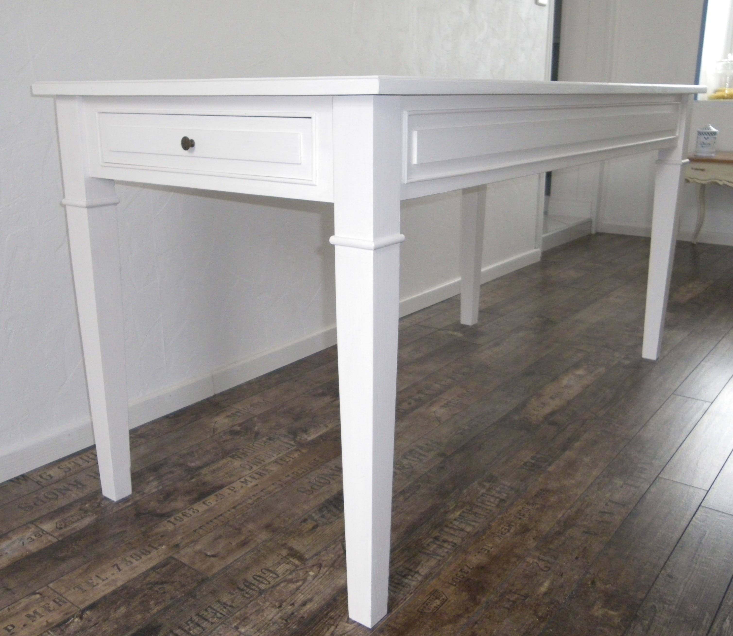 Table de cuisine salle manger peinte blanche anjoudeco for Table salle a manger ancienne