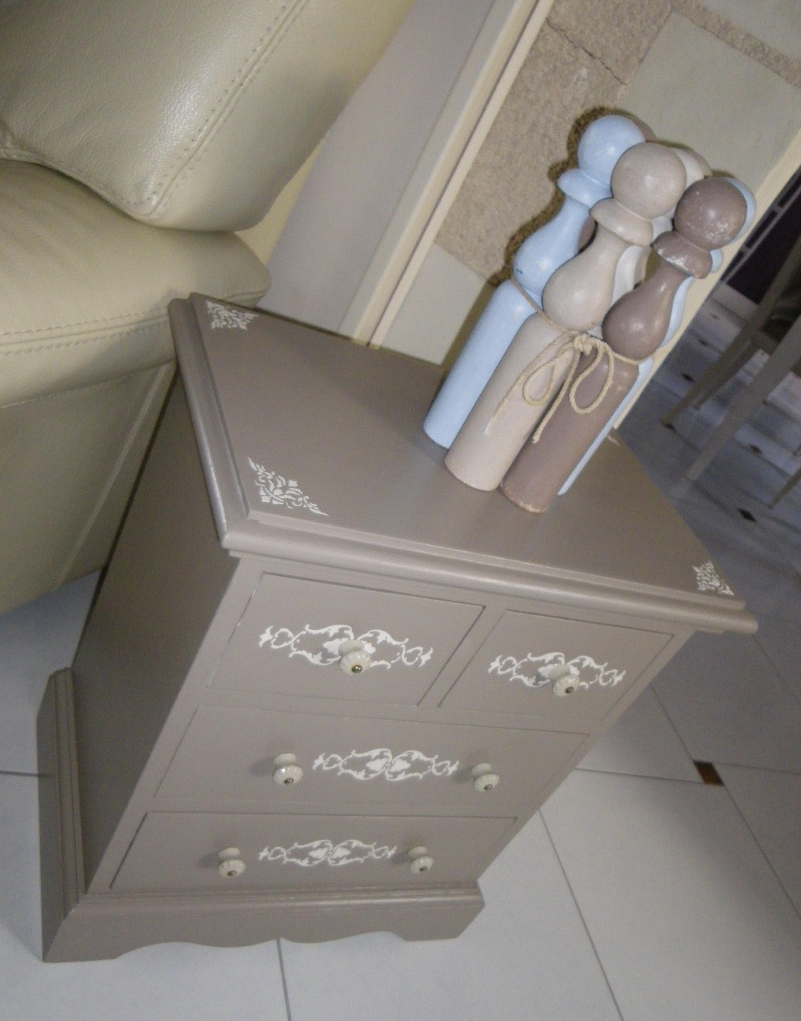 Jolie petite commode meuble d appoint chevet avec 4 - Meuble couleur taupe ...