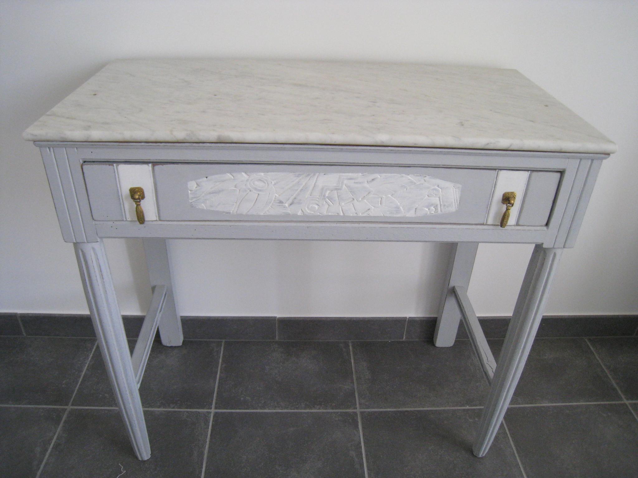 coiffeuse ancienne relook e avec marbre avant apr s anjoudeco. Black Bedroom Furniture Sets. Home Design Ideas